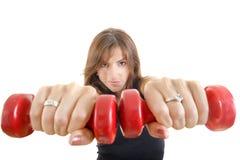 Zamyka up piękna sporty dysponowana sportowa dziewczyna z ciężarami Obraz Stock