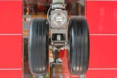 Zamyka up samolotowy undercarriage desantowa przekładnia lub zdjęcie stock