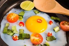 Zamyka up smażący jajeczny śniadanie zdjęcie stock