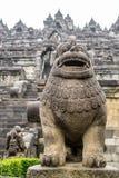 Zamyka up statua w Borobudur świątyni obraz stock