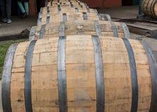 Zamyka up Toczne bourbon baryłki zdjęcia stock