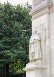 Zamyka up Waszyngton jako dowódca szef, Towarzyszący sławy i męstwa ` 1916 Hermon MacNeil - wewnątrz - zdjęcia royalty free