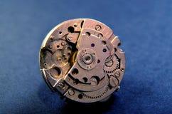 Zamyka up wristwatch mechanizm Technologia temat zdjęcia royalty free