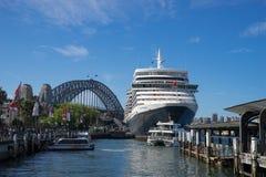 Zamyka w górę światowego ` s sławnego statku, królowa Elizabeth statek wycieczkowy obraz royalty free