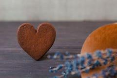 Zamyka w górę ciastka serca z lawendą Obraz Stock