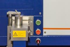 Zamyka w górę dużej precyzji i dokładność spektrometru maszyna dla chemicznego składu sprawdza wewnątrz ciskać fabrykę zdjęcie royalty free