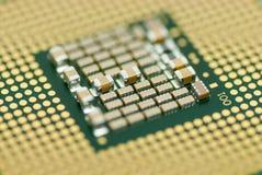Zamyka w górę fotografia komputerowego mikro procesoru płytkiej głębii pole Zdjęcia Stock