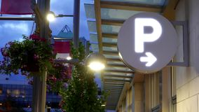 Zamyka w górę parking znaka