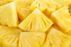 Zamyka w górę plasterka tła ananasowej tekstury Obrazy Royalty Free