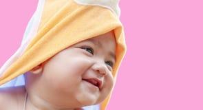 Zamyka w górę portret twarzy dziecka ono uśmiecha się Zdjęcie Stock