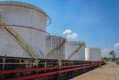 Zamyka w górę rafinerii dużą baryłkę Zdjęcie Royalty Free