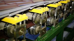 Zamyka w górę strzału ciężkiego fabrycznego maszynowego narzędzia przy pracą zdjęcie wideo