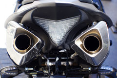 Zamyka w górę strzału motocyklu wydmuchowe drymby Obraz Stock