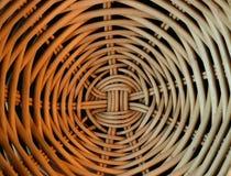 Zamyka w górę trzcina kosza z spirala wzorem zdjęcie stock