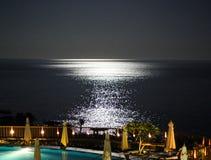 Zamyka w górę widoku księżycowa ścieżka przy czerwonym morzem obraz royalty free