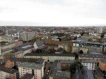 Zamyka w górę widoku na budynkach w Frankfurt magistrala - Am - fotografia royalty free