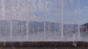 Zamyka w górę widoku wodnej fontanny taniec zbiory wideo