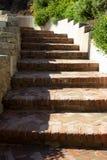 Zamyka W górę Wyginającego się Ceglanego schody fotografia royalty free