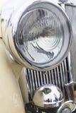 Zamyka w górę fotografii reflektoru retro samochód Obrazy Royalty Free
