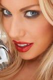 Zamyka w górę portreta uwodzicielski blondyn Obrazy Royalty Free