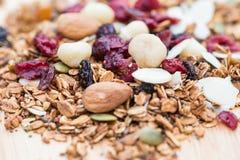 Zamykający up i plamy śniadaniowy zdrowy jedzenie, granola, musli, organ Fotografia Royalty Free