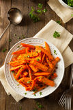 Zanahorias asadas hechas en casa sanas Fotos de archivo
