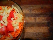 Zanahorias frescas, tomate, pimienta dulce Fotografía de archivo libre de regalías