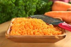 Zanahorias ralladas frescas Fotos de archivo libres de regalías