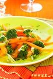 Zanahorias y bróculi Imágenes de archivo libres de regalías