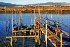 Zancos de madera tradicionales del embarcadero Fotos de archivo libres de regalías