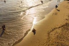 Zand die op Santa Monica-strand schrijven Stock Fotografie