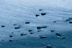 Zand en steenachtergrond Stock Afbeeldingen