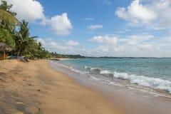 Zand en vissersboten op het strand Royalty-vrije Stock Afbeelding