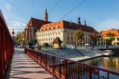 Zandbrug over Odra-rivier, Wroclaw stock foto's