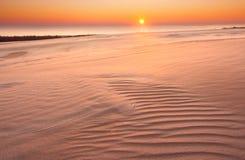 Zandduinen. woestijnlandschap stock fotografie