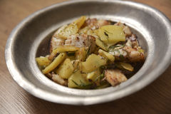 Zander-Leiste gedient mit frischen Kartoffeln Lizenzfreies Stockbild