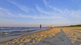 Zandig de zomer Baltisch strand in Swinoujscie, Polen Royalty-vrije Stock Foto's