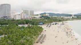Zandig overzees strand stock footage