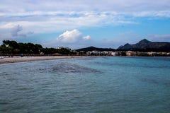Zandig strand in Mallorca royalty-vrije stock foto