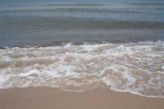 Zandig strand op de Oostzee, Polen royalty-vrije stock foto's