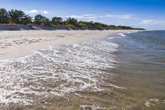 Zandig strand op Hel-Schiereiland, Oostzee, Polen Royalty-vrije Stock Fotografie