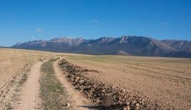 Zandige weg die tot mooie Sierra DE Maria leiden Royalty-vrije Stock Afbeeldingen