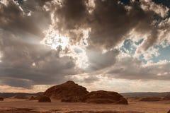 Zandige woestijn in Egypte bij zonsondergang Stock Foto