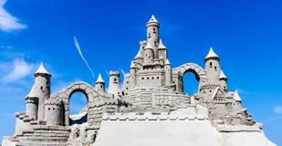Zandkasteel Blauwe Hemel Royalty-vrije Stock Foto's