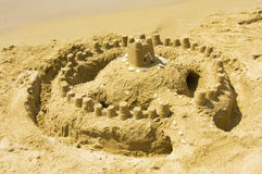 Zandkasteel op Strand Stock Foto's