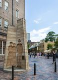 Zandsteenbeeldhouwwerken in de Rotsen Sydney stock fotografie