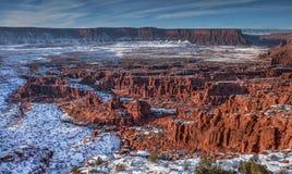 Zandsteenvormingen onder sneeuw in Professor Valley dichtbij Moab Royalty-vrije Stock Afbeeldingen