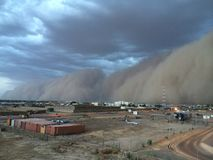Zandstorm in het droge seizoen van Tsjaad royalty-vrije stock afbeeldingen