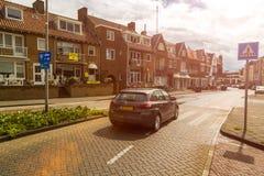 Zandvoort, o 10 de junho holandês 2017: Arquitetura e ruas da cidade velha Zandvoort é um recurso principal do mar e Foto de Stock Royalty Free