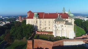 Zanek Wawel Schloss und Catherdral Krakau, Polen stock footage
